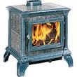 Печь-камин Hergom Heritage, эмалирована в темно-голубой цвет