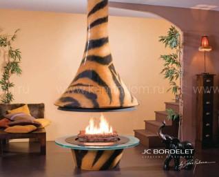 Камин JC Bordelet Eva 992 центральный Safari со стеклом