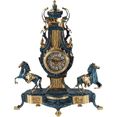 Каминные часы в подарок